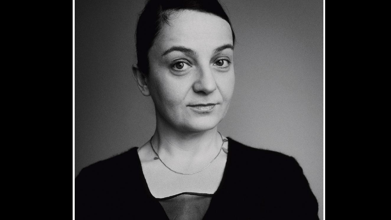 Ayzit Bostan Interview Bauhaus Kleid